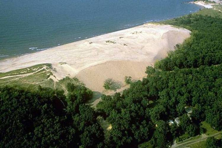 1024px-indiana-dunes-national-lakeshore-indu0473.jpg