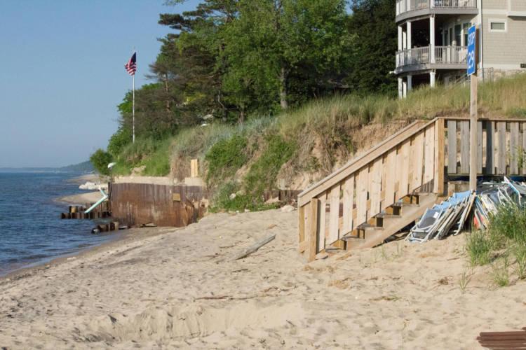 The shore in Long Beach, Indiana. (FILE PHOTO: Nick Janzen/IPB News)