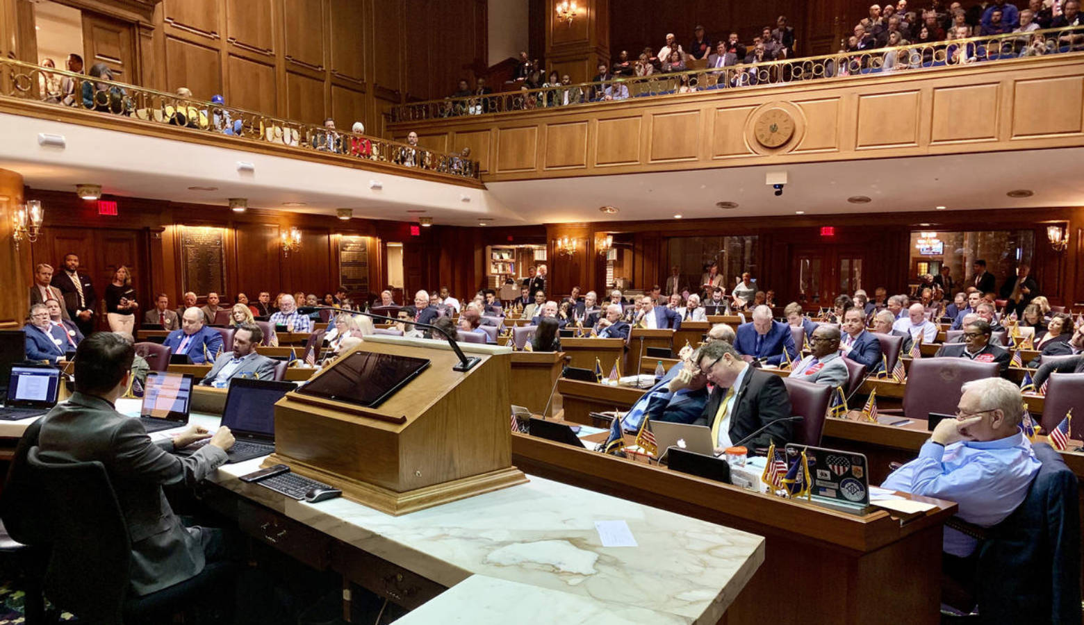 The House Public Policy Committee considers testimony on a major gaming bill. (Brandon Smith/IPB News)