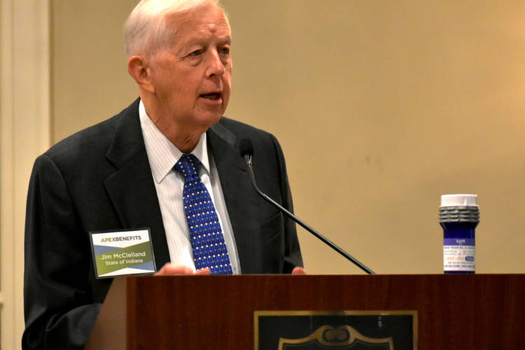 Jim McClelland, executive director for drug prevention, treatment and enforcement, delivers the keynote address at an event discussing opioids in the workplace. (Justin Hicks/IPB News)