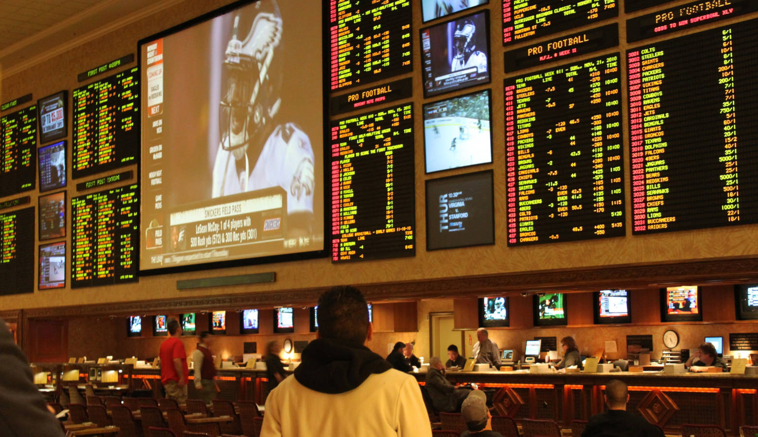 Sports betting at a Las Vegas casino. (Baishampayan Ghose/Flickr)