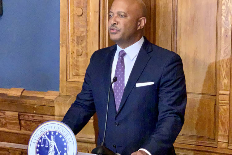 Attorney General Curtis Hill discusses the investigation into decreased, former Indiana physician Ulrich Klopfer. (Brandon Smith/IPB News)