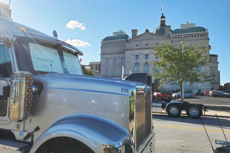 Commercial drivers parked trucks in front of the Statehouse to protest future autonomous vehicle legislation. (Samantha Horton/IPB News)