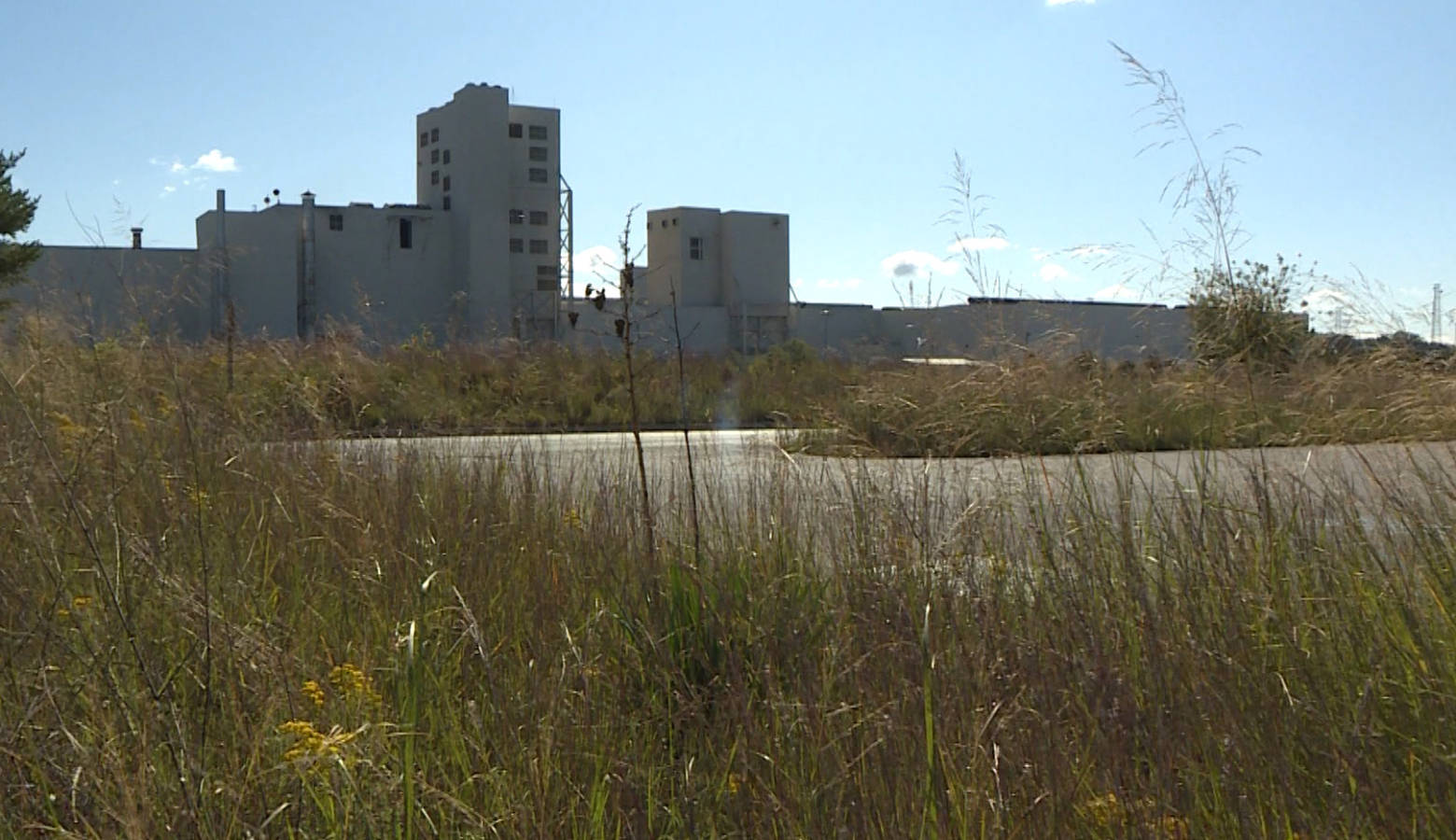 The U.S. Steel facility overlooks the Portage Lakefront and Riverwalk. (Tyler Lake/WTIU)