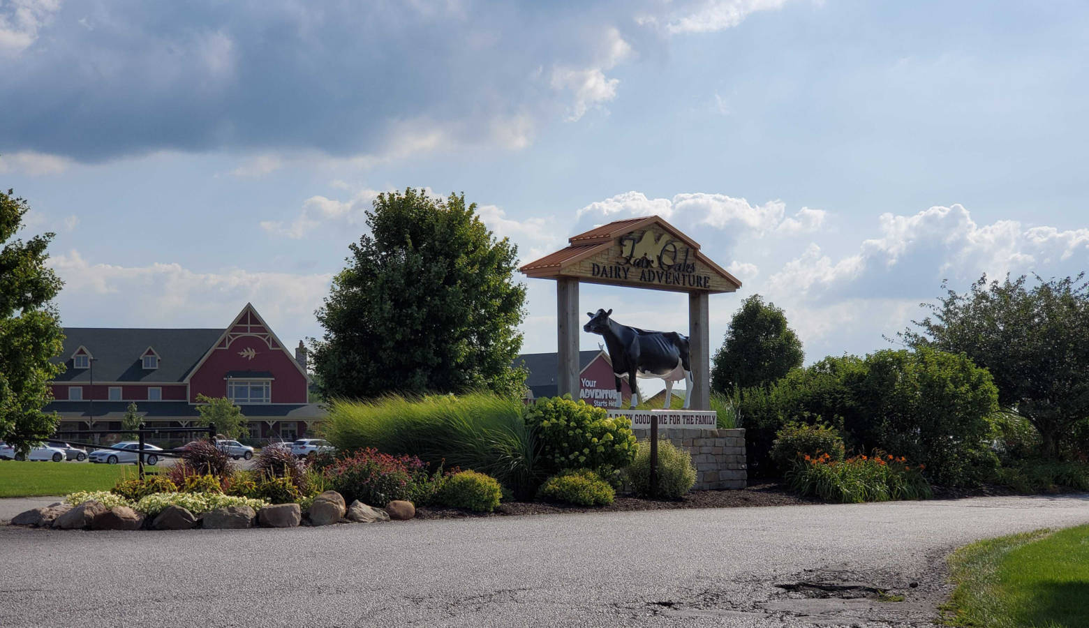 Fair Oaks Farms entrance to its agricultural tourism attraction in northern Indiana. (Samantha Horton/IPB News)