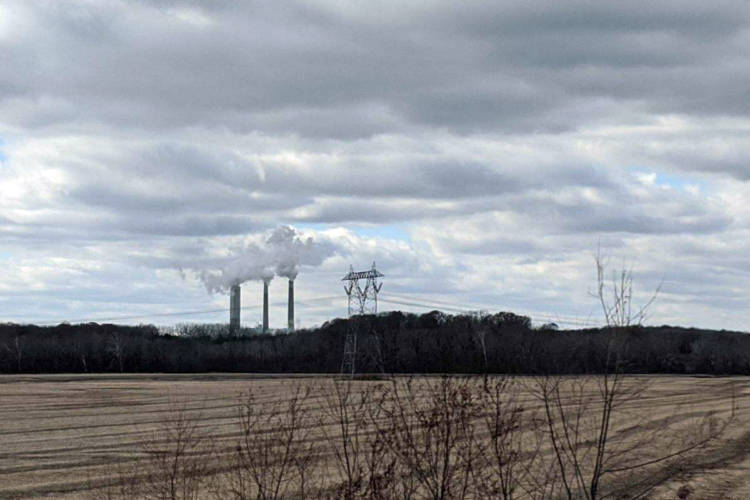 The Petersburg coal plant off of Highway 57. (Rebecca Thiele/IPB News)