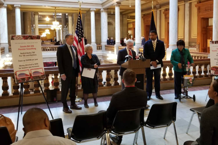 Senate Democrats discuss their proposals to increase teacher pay in the 2020 session. (Jeanie Lindsay/IPB News)