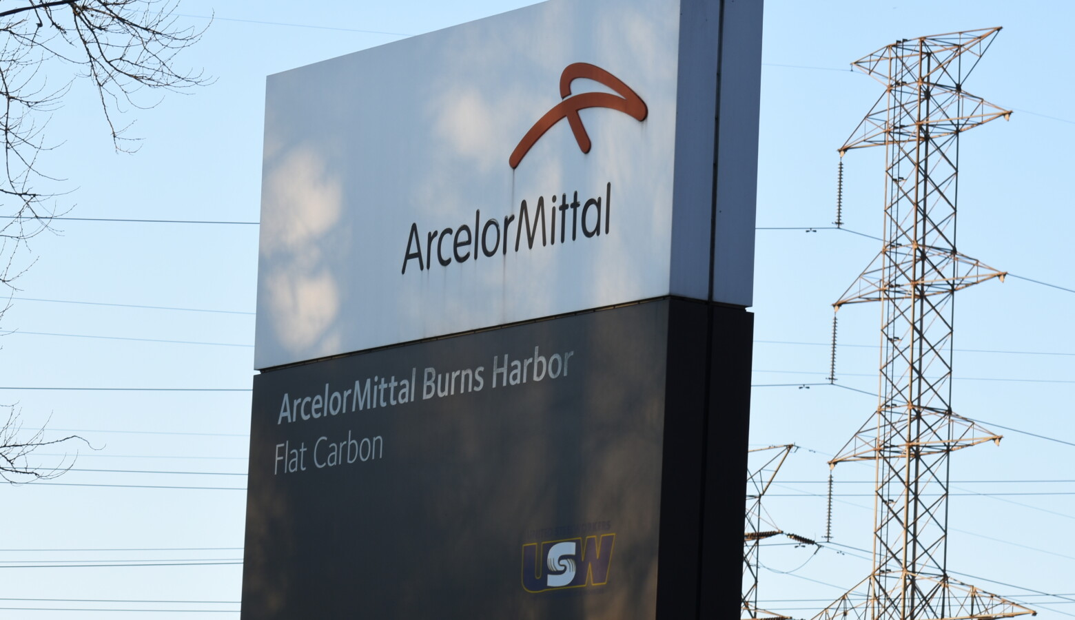 It's been one year since a ArcelorMittal's spill into a Lake Michigan waterway – which killed about 3,000 fish and forced beaches to close temporarily. (Justin Hicks/IPB News)