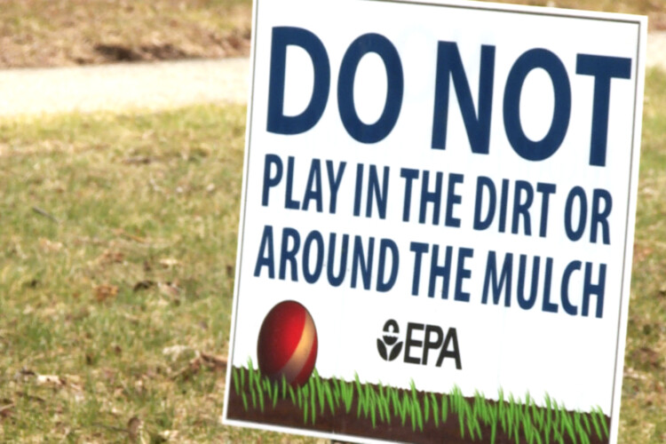An Environmental Protection Agency sign, 2018. (Lauren Chapman/IPB News)