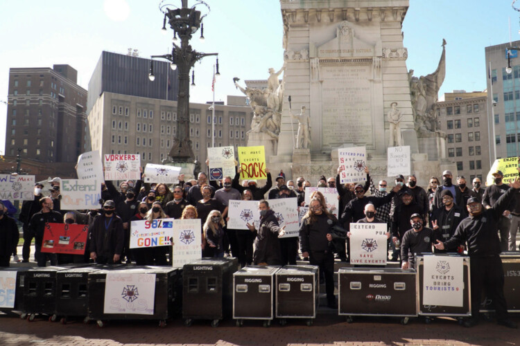 Live event and entertainment workers rally in Indianapolis. (Alan Mbathi/IPB News)