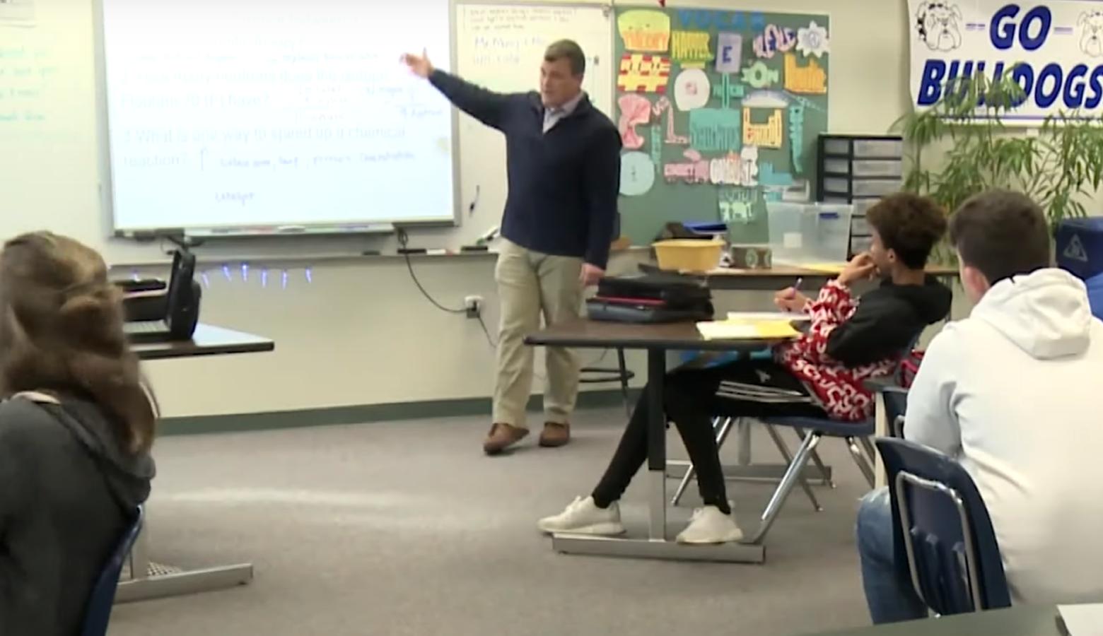 Keith Morey explains the concept of a theory at Centerville-Abington Junior High School. (FILE PHOTO: Tyler Lake/WTIU)