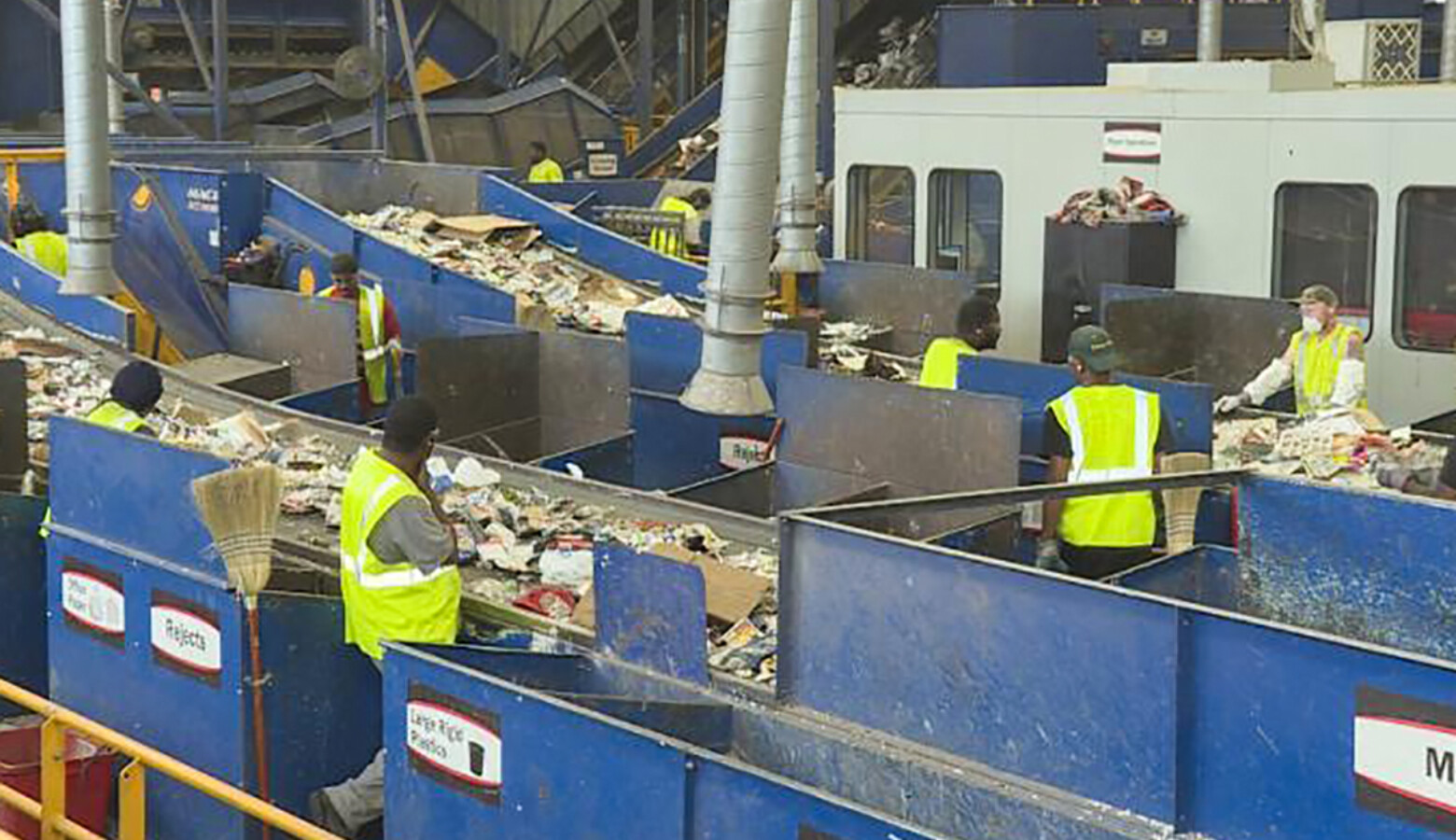 Experts say facilities where recycling is sorted and processed like the Rumpke Material Recovery Facility in Cincinnati, shown here, need funding to upgrade their technology and prevent contamination (FILE PHOTO: Zach Herndon/WTIU)